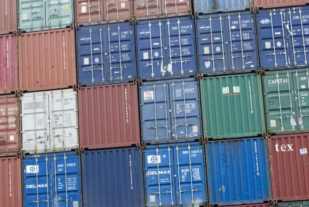 Контейнерные перевозки. США, Европа, Азия и Африка.