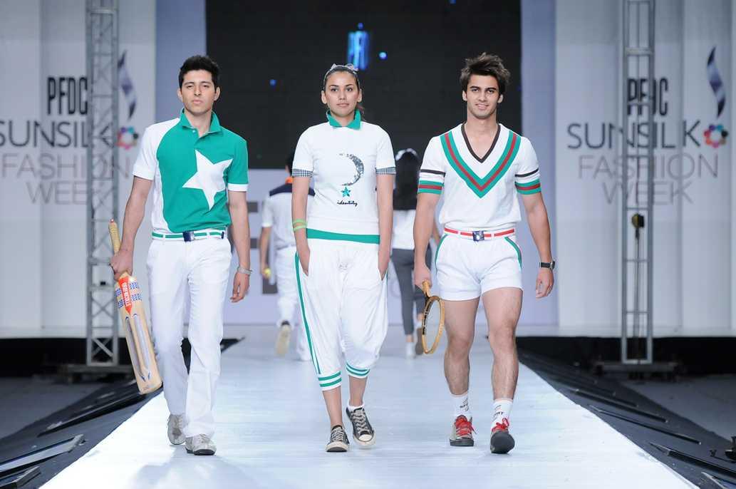 Заказать спортивную одежду из Пакистана
